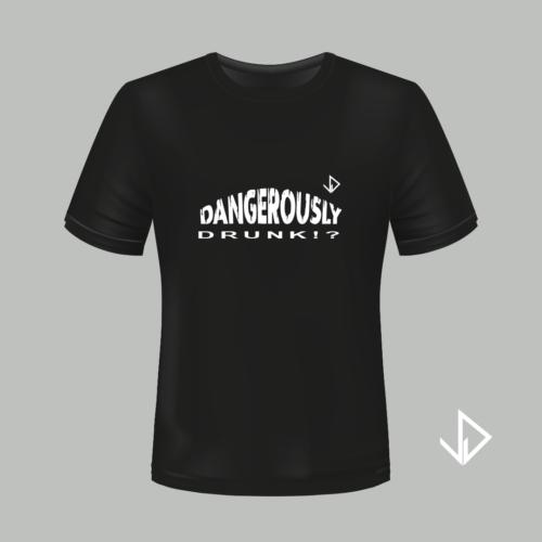 T-shirt zwart opdruk wit Dangerously Drunk | Vinesdutch en BeU Marketing & PR